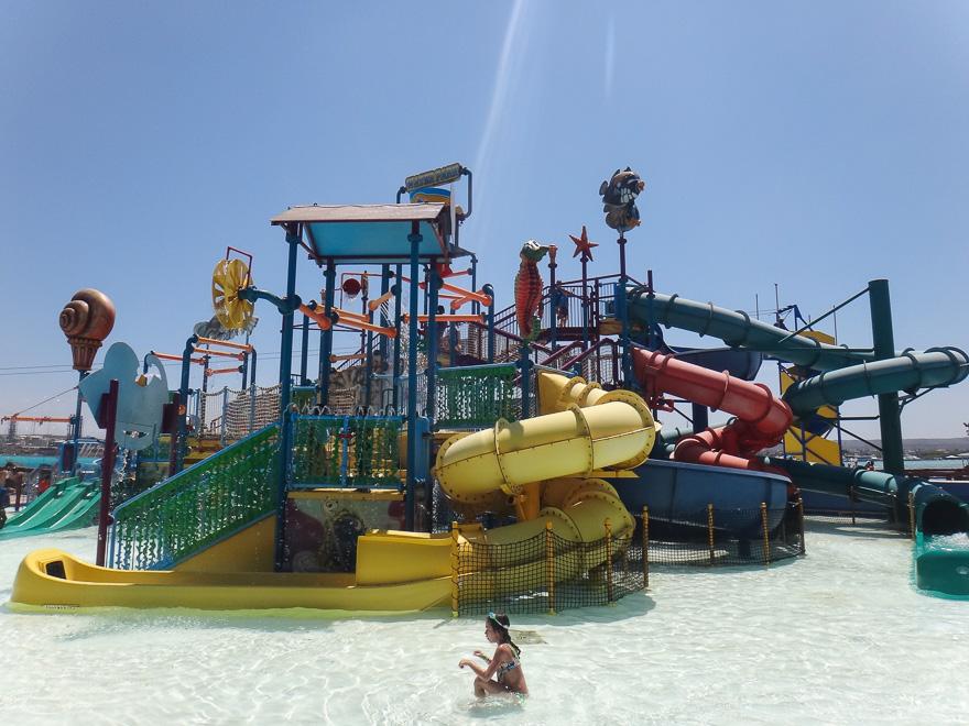 toboga do parque aquatico de palm island aruba