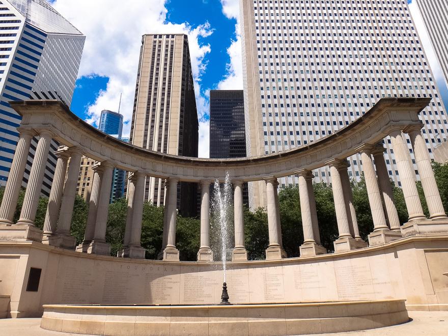 monumento do millennium park de chicago